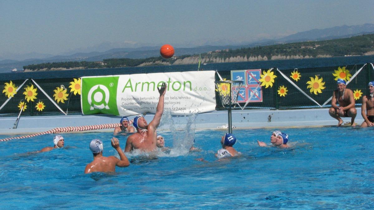 出典:http://www.waterbasketball.org/wb/sesta-pictures.html