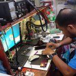フィリピン・パングラオ島で携帯電話が壊れたので、修理してみた